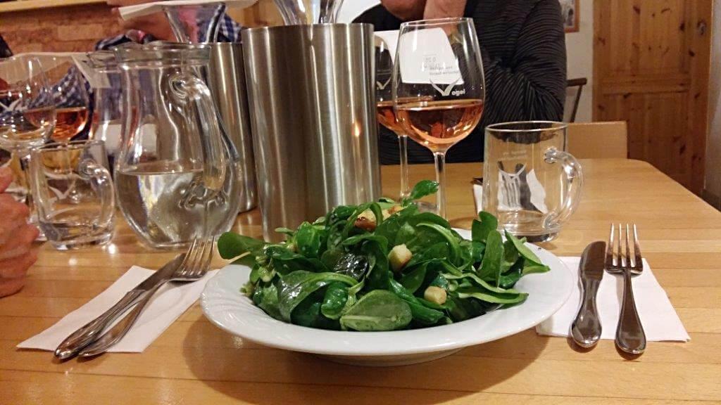 Weingut Vogel - Breisgau - Kaiserstuhl - Vogelstrauße - Speisekarte